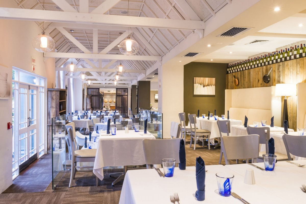 Onomo hotel cape town inn on the square onomo hotels for Best private dining rooms cape town